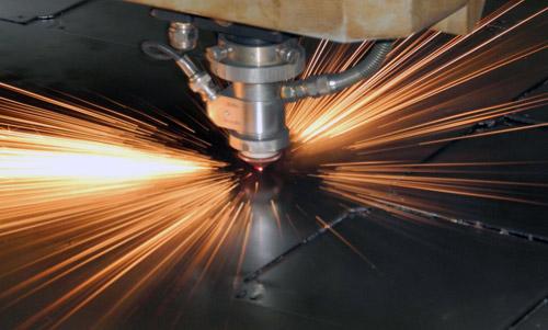 Плазменная резка металлов: особенности технологии и преимущества