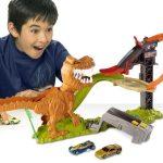 Современные игрушки — возможность угодить любому мальчику. Треки и машинки Hot Wheels