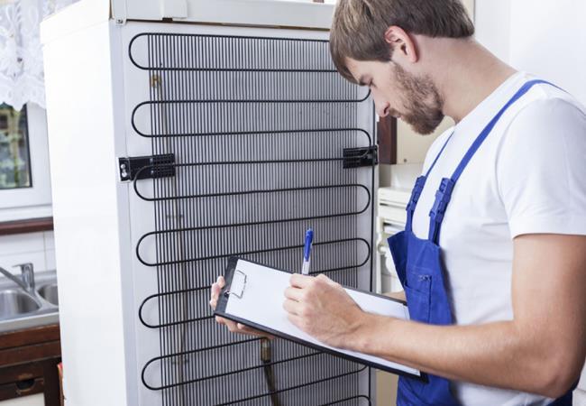 Плохо охлаждает продукты холодильник? Вызов мастера по ремонту холодильников в Киеве