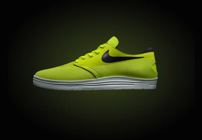 Спортивная обувь для взрослых и детей. Ассортимент продукции компании Nike