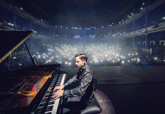 Настройка и реставрация пианино в Москве