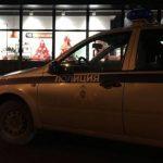 В Симферополе видеокамера на общественной остановке засняла драку