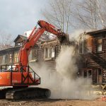 Демонтаж зданий и домов