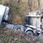 Под Судаком у грузового автомобиля отказали тормоза во время движения