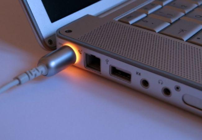 Блоки питания (зарядное устройство) для ноутбука