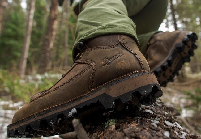 Спецодежда и рабочая обувь. Условия труда и «правильная» обувь