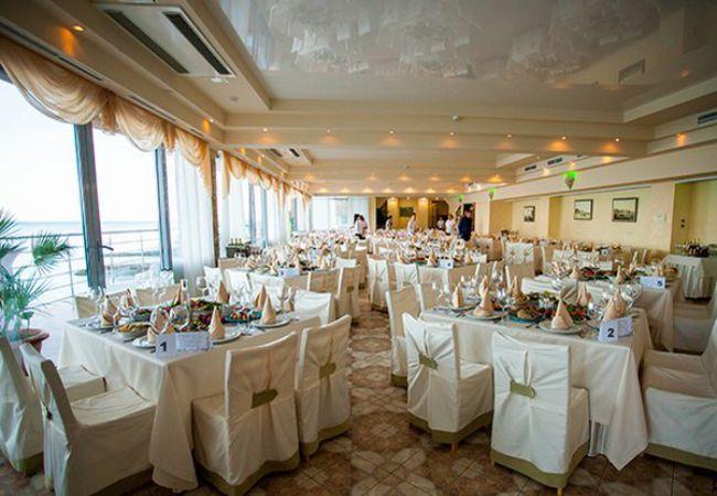 Ресторан и банкетный зал в городе Алматы