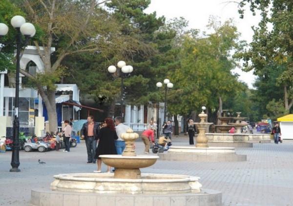 Аллея фонтанов в Евпатории