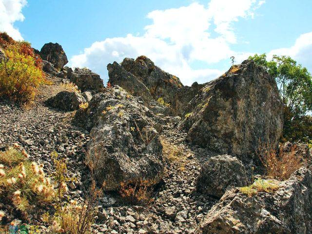 Кучук-Ламбатский каменный хаос
