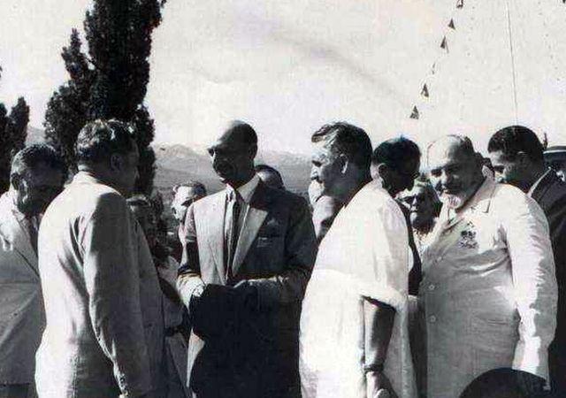 1957 год в гостях у Артека - Король Афганистана Мухаммед Захир Шах и дважды Герой Советского Союза С.А.Ковпак