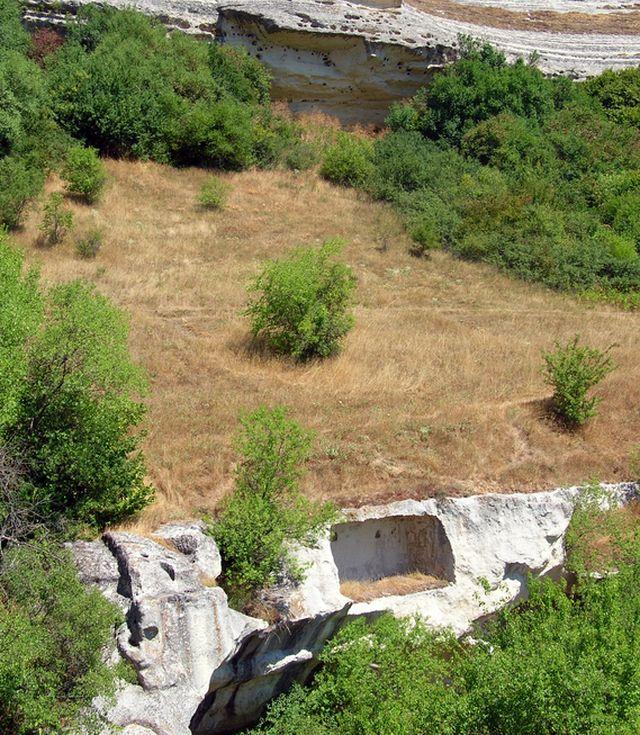 Пещерный город Бакла. Крымские горы
