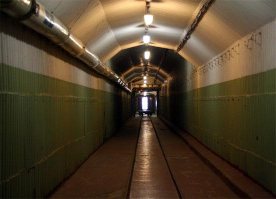 Подземные тоннели музея холодной войны
