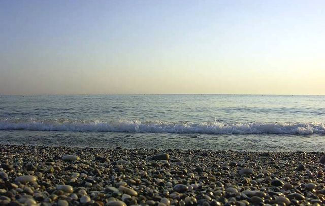 Галька на берегу Чёрного моря