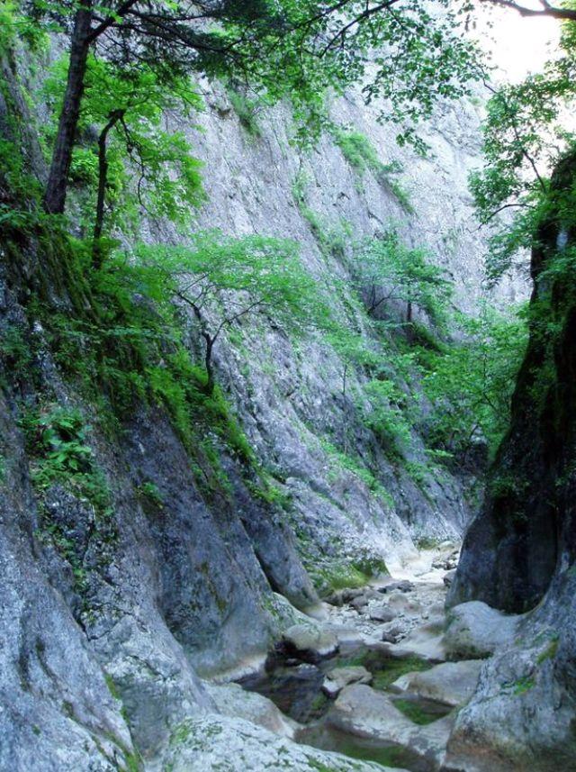 В большом каньоне Крыма