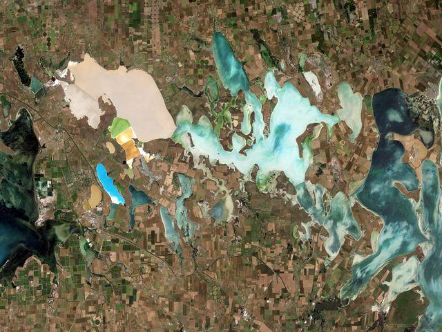 Залив Сиваш на снимке из космоса