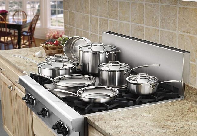 Посуда и кухонная утварь: широкое разнообразие, ее важнейшая роль на кухне и на сервированном столе