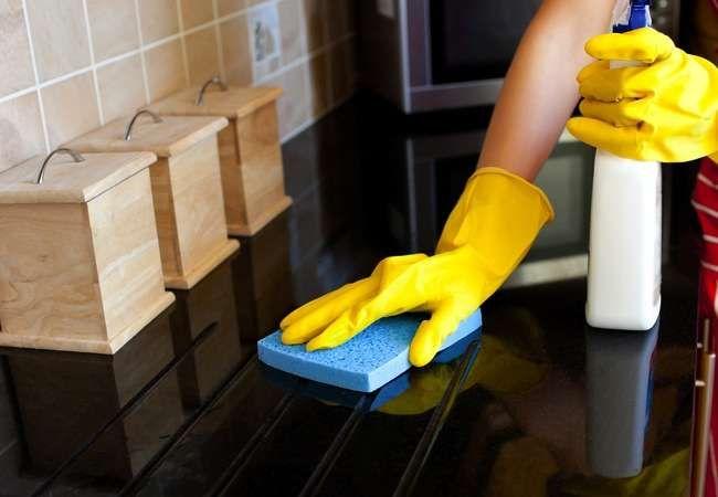 Профессиональная химия для химчистки ковров и диванов