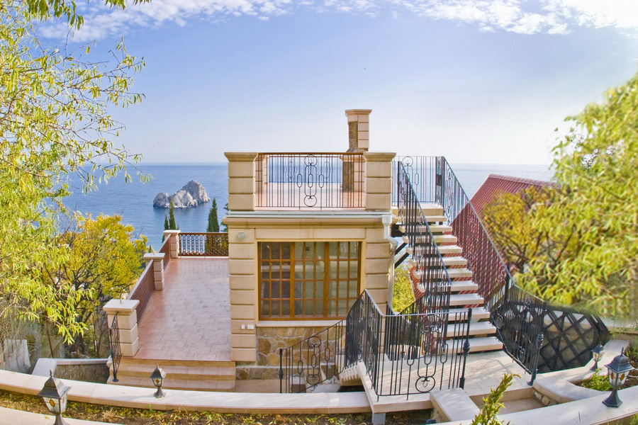 Dom2 Villa Balgatura 4*