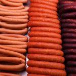 Роскачество провело исследование сливочных сосисок
