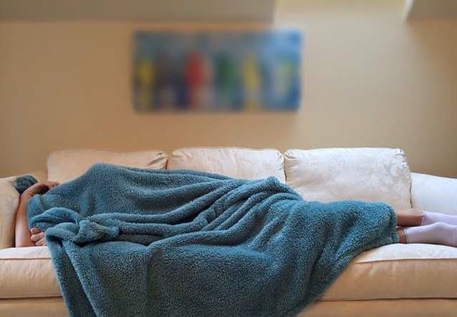 Создаём современный интерьер спальни. Всесезонные одеяла зима-лето