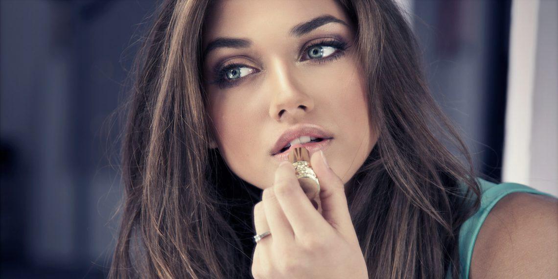 Как выбрать крем и косметику для макияжа?