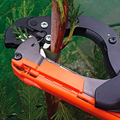 Степлери садові MAX Tapener. Особливості інструменту та його переваги