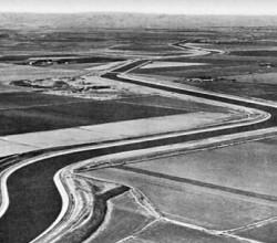 Старое фото Северо-Крымского канала