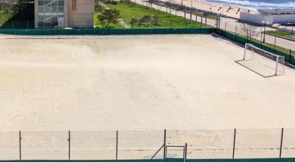 Паралимпийский центр Евпатории - футбольная площадка