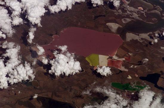Перекопский перешеек, Армянск, фото из Космоса