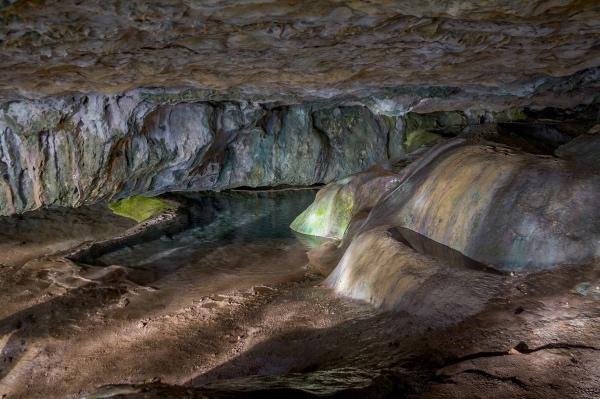 Данильча-Коба — карстовая пещера-грот