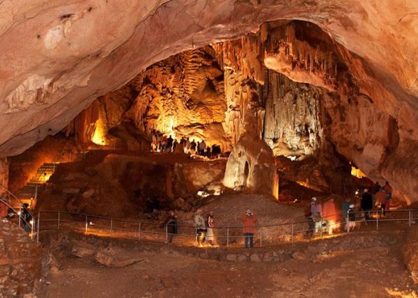 Экскурсии в Крыму. Пещера Эмине Баир Хосар