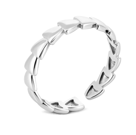 Женские золотые кольца для вечерних выходов в свет