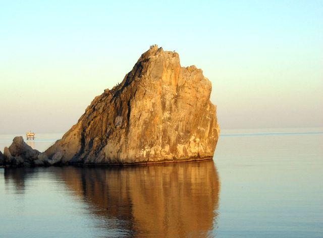 Скала Дива. Южный берег Крыма