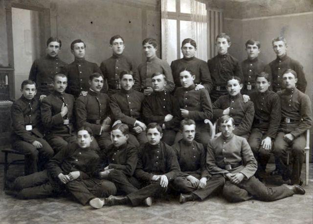 Шестой класс мужской гимназии. 1915 год