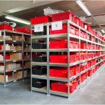 Производственная мебель для склада. Металлические складские стеллажи