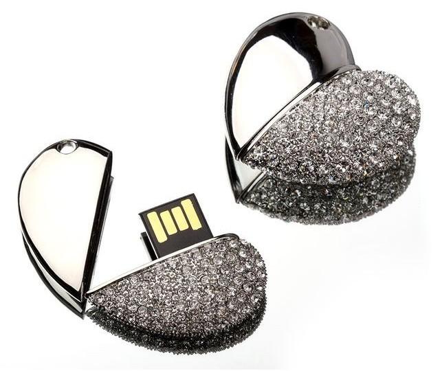 USB флешка сердце - подарок на день святого Валентина