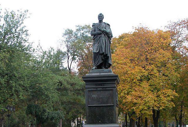 Памятник графу Воронцову