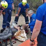 Туристы нашли мужчину без сознания в районе пещерного города в Крыму