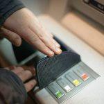 Жителю Симферополя грозит срок за кражу 20 тысяч рублей из банкомата