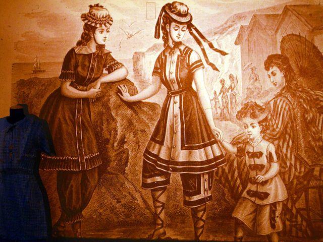 Купальщицы на старинной гравюре