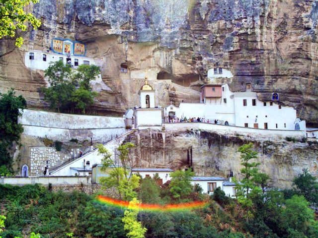Пещерный Храм Успения Пресвятой Богородицы